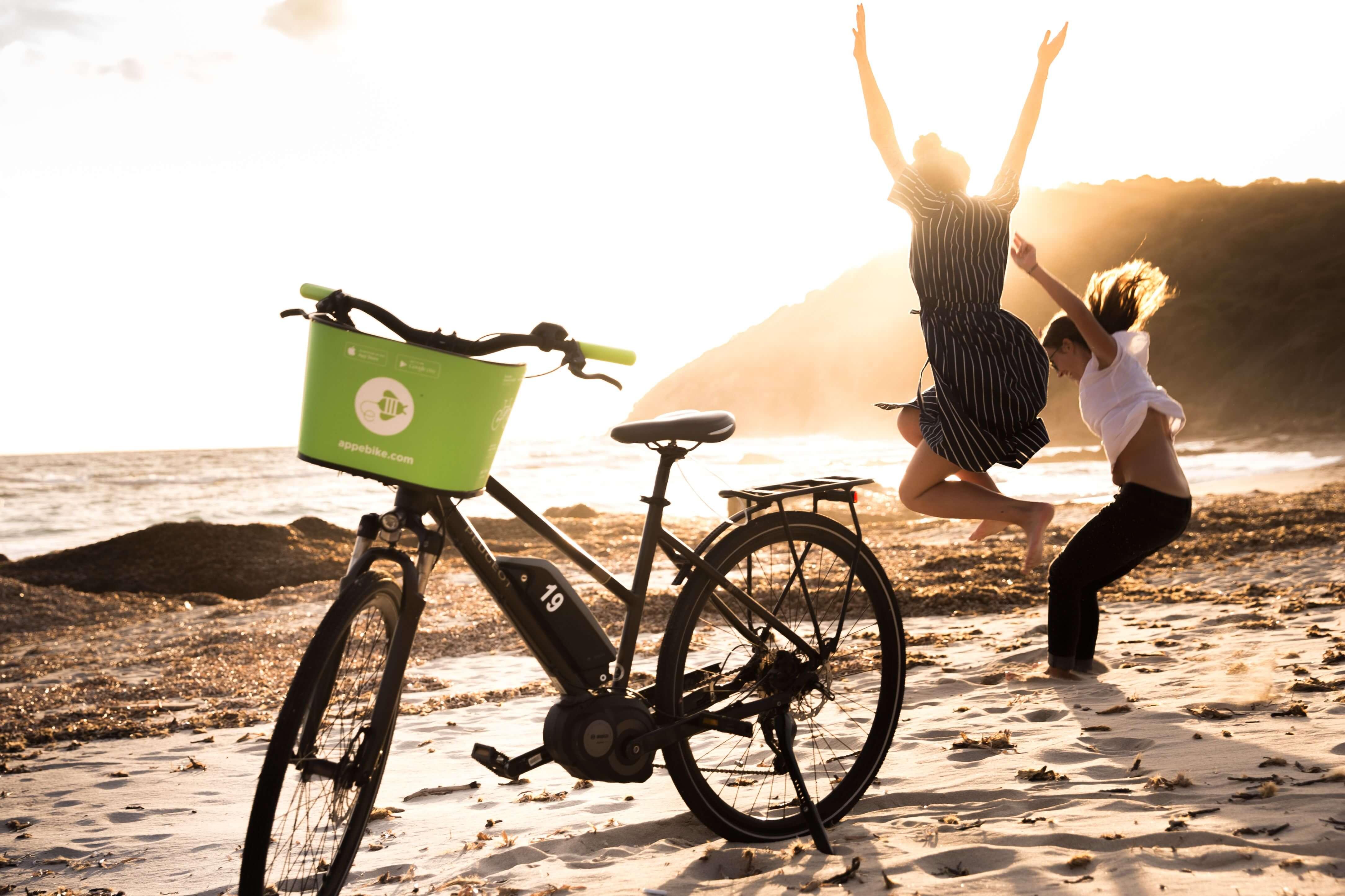 Activité à Ajaccio - Sortie vélo électrique avec guide aux îles Sanguinaires